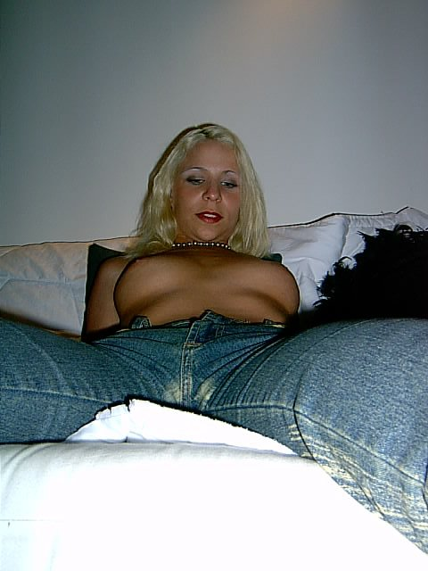 Tchat sexe rencontre adulte Odelia Cergy